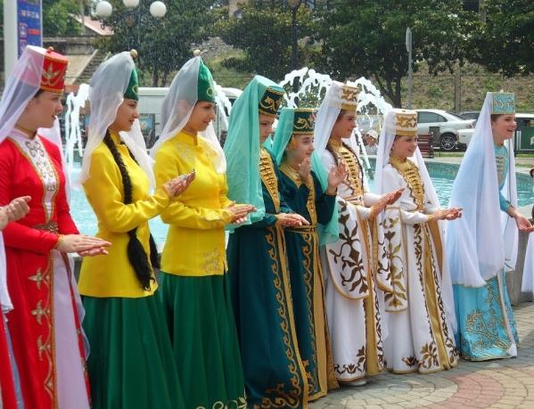 adyghe traditional costume Kabardino-Balkaria Karachay-Cherkessia North Caucasus 1