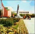 Grozny before war Chechnya lenin monument