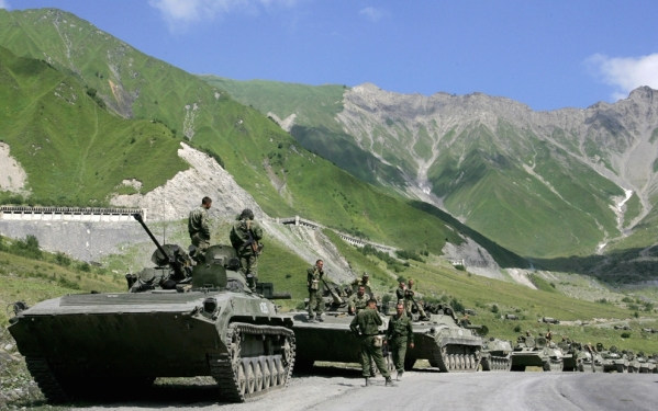 Russian troops in North Caucasus war with Georgia