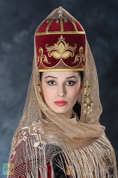 wedding-costumes circassia