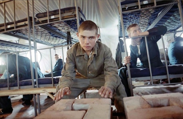 Young Russian soldiers in Chechnya, year 1995