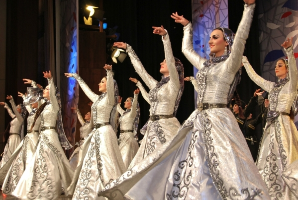 Chechnya chechen dancers North Caucasus people