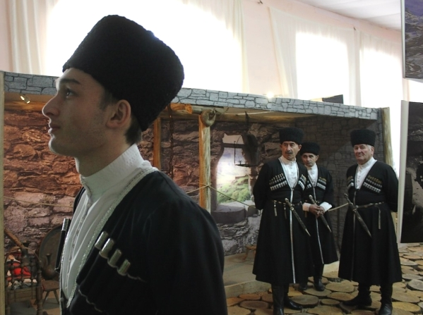 Chechnya chechen men traditional costume North Caucasus people nakh Vainakh