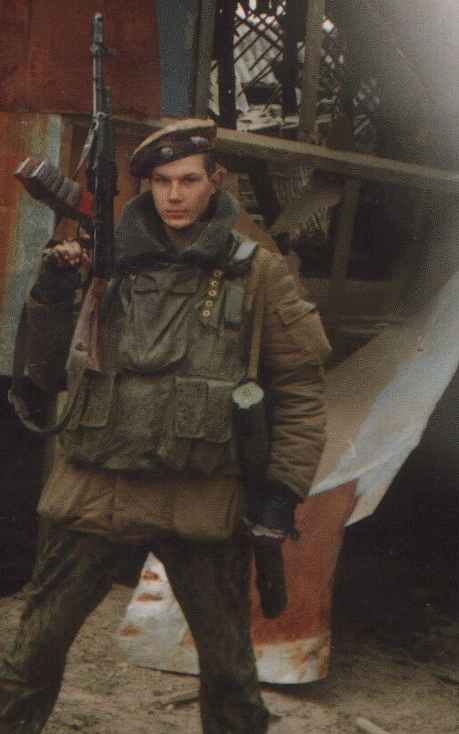 Russian teen soldier in Grozny, Chechnya - first war