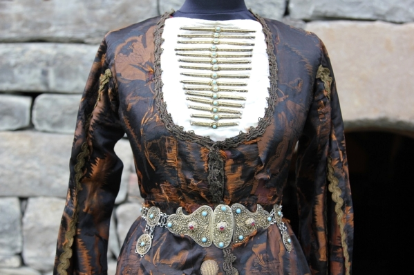 North Caucasus Chechnya national costume chechens