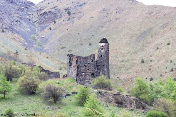 Ikalchu castle fortress Chechnya Caucasus mountains