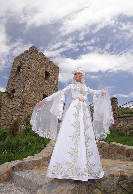 Balkar dress traditional costume Caucasus people