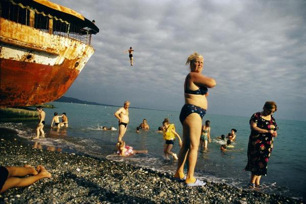 Although Abkhazia is isolated, half-abandoned and still suffering war wounds due to its unrecognized status, both locals and Russian tourists are drawn to the warm waters of the Black Sea. This unrecognized country, on a lush stretch of Black Sea coast, won its independence from the former Soviet republic of Georgia after a fierce war in 1993.